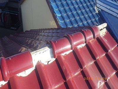 台風によって破損した屋根の様子