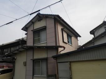 春日井市にて雨漏れしていると連絡のあったお宅の外観写真