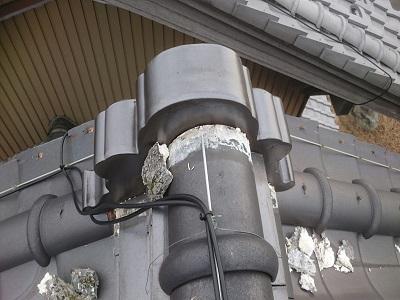 岩倉市で、瓦飛散防止効果のある瓦止めと漆喰工事を施工しました