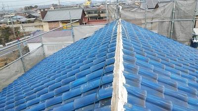 雨風で劣化した屋根の棟と垂木交換工事の劣化の様子