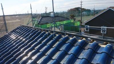 雨風で劣化した屋根の棟と垂木交換工事施工中の様子
