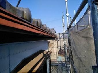 雨樋に歪みが生じたお宅の雨樋交換工事の施工前の様子
