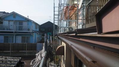 築三十年のお宅の雨樋の交換工事完工の様子