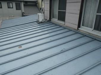 春日井市にて現地調査にお伺いしたお宅の下屋根のベスト屋根
