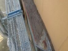 出窓の重ね葺き工事前の様子