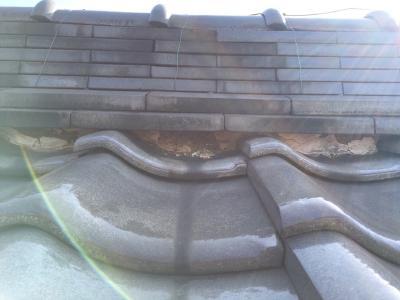 岩倉市にて和瓦の経年劣化により漆喰と瓦どめを施工しました。