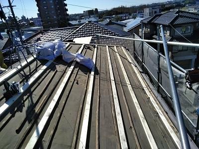 和型屋根の大屋根の解体が完了した様子