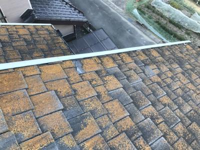 屋根ひび割れ発生