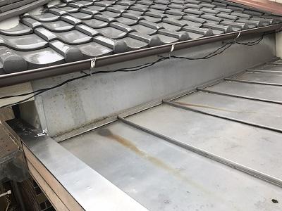 綺麗なのに錆びてしまった瓦棒屋根