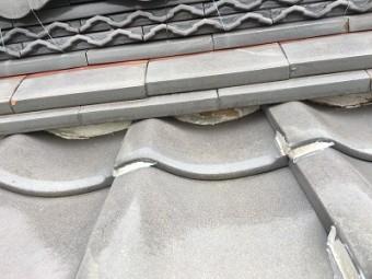 穴の開いてしまった漆喰の塗り直し工事の施工前の様子