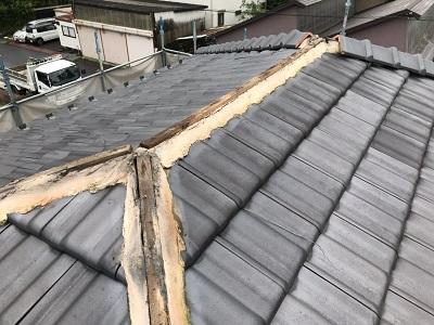 棟組み換え工事の解体の様子