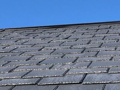 台風の影響で屋根の板金が浮いてしまったお宅の様子