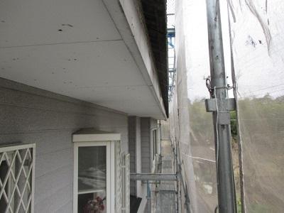 雨樋交換工事の雨樋取り外し後