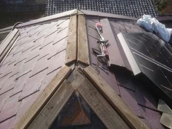 屋根の補修の様子