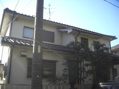 屋根漆喰工事の家の外観