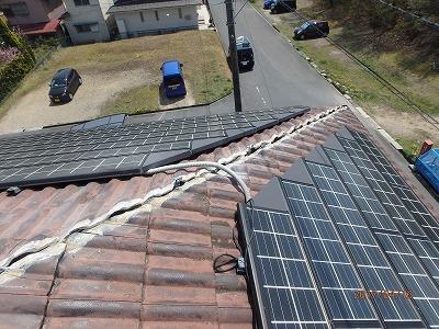 屋根棟組み替え漆喰撤去と強化棟固定金具設置