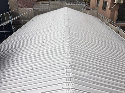 屋根 倉庫 ガルバリウム屋根