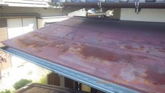 屋根の塗装工事の錆びの様子