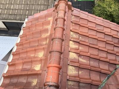 漆喰工事の施工中の様子
