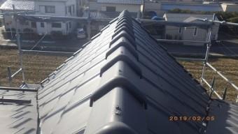 台風被害にあったお宅の棟瓦取り直し工事施工前の様子