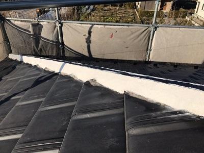 台風被害による屋根工事の様子