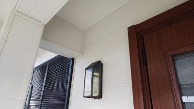 外壁カバーサイディング工事完工の様子