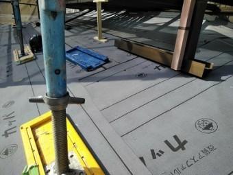 重ね葺き工事施工後の様子