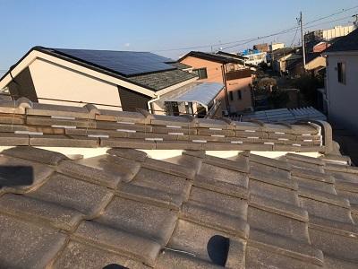 軒天、屋根棟漆喰の施工後の様子