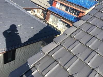平板瓦のケラバ修繕工事施工前の様子