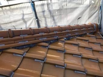 経年劣化による屋根の漆喰工事施工前の様子