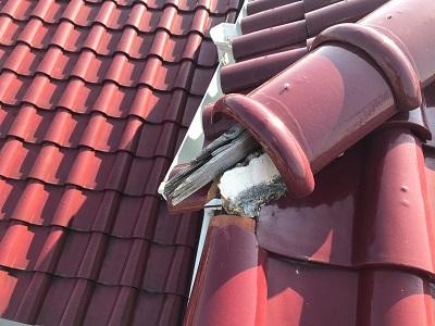 棟組み換え工事の棟の落下した様子