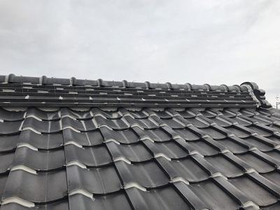 屋根の鬼首と面土漆喰工事の施工前の様子