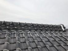 屋根の鬼首と面土漆喰工事の施工後の様子