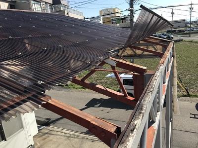清須市で台風被害により波板張り替え、下地交換工事を行いました