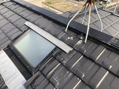 明り取りまわり鳥の糞を掃除した屋根