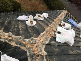 台風被害によって屋根修繕の棟の組み替え工事の様子