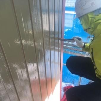 外壁塗装 中塗り トタン