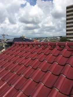 施工前の洋式瓦屋根