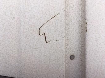 錆びてしまったトタン壁