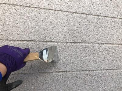 セラミック塗装外壁の施工前の外壁清掃の様子