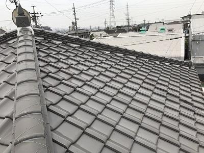 以前漆喰と瓦止め施工させていただいた大屋根