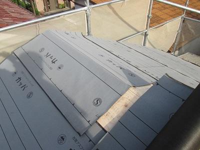 ルーフィングされている屋根